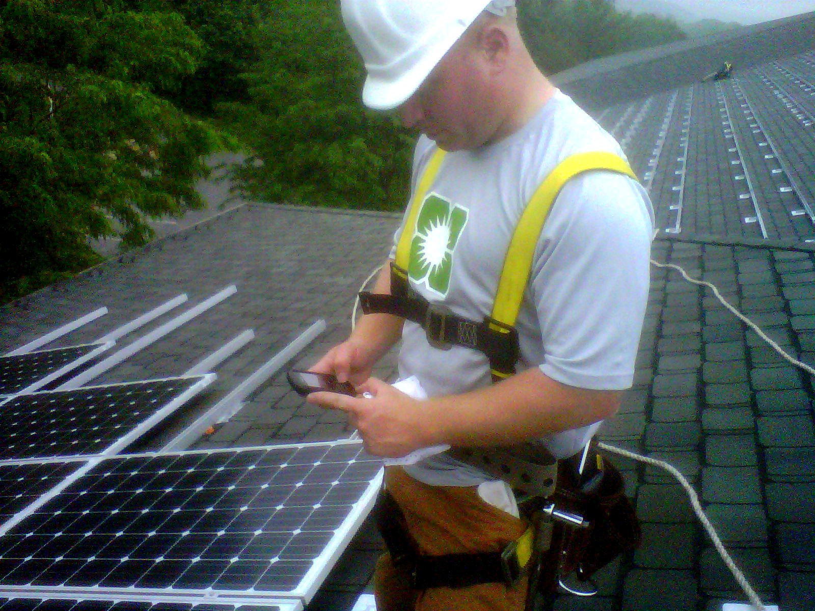 Astrum Solar Technician using GoCanvas on BlackBerry